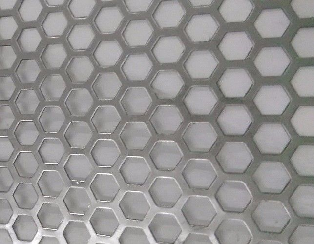 Hexagonal Hole Perforated Metal Perforated Aluminum Sheet 2mm thick 3003 5005 5052 6061 3004
